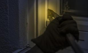 Дом жителя Петербурга ограбили почти на 1,2 млн рублей