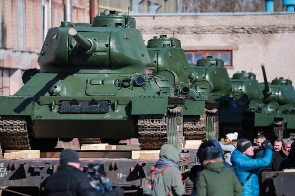 Военный историк: Парад Победы нужно отменить