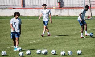 """Футболист и тренер """"Фиорентины"""" отстранены за богохульство"""