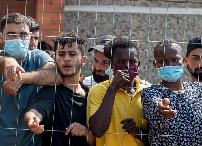 Белоруссия больше не станет сдерживать поток мигрантов на Запад