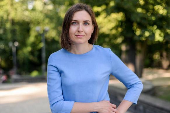 """Украинцы в ярости: министр образования недовольна """"низкой"""" зарплатой"""