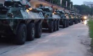 """Китаист: Пекин введет армию в Гонконг при пересечении протестующими """"красной линии"""""""