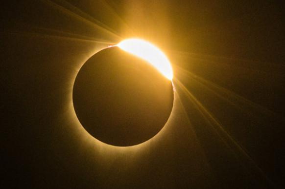 Как солнечное затмение прекратило войну
