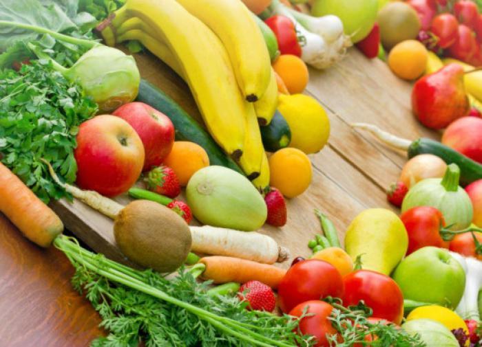 Немецкий врач назвал вредные и полезные для кишечника продукты