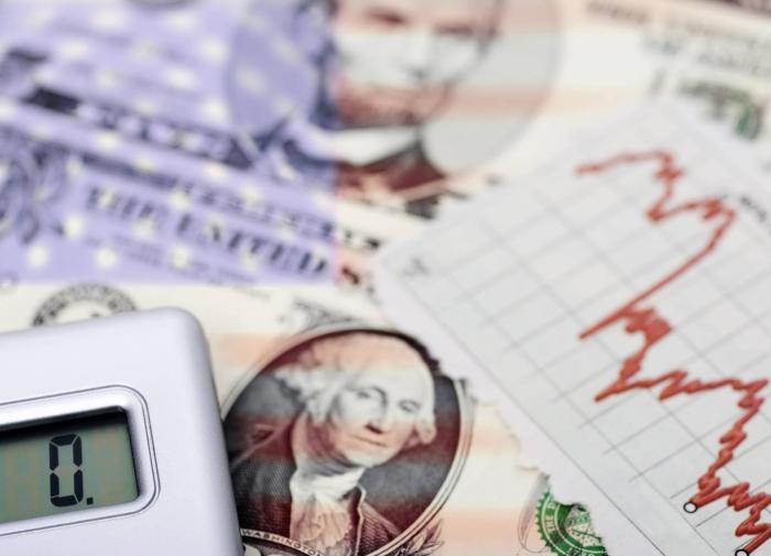 В США поставили рекорд по дефициту бюджета