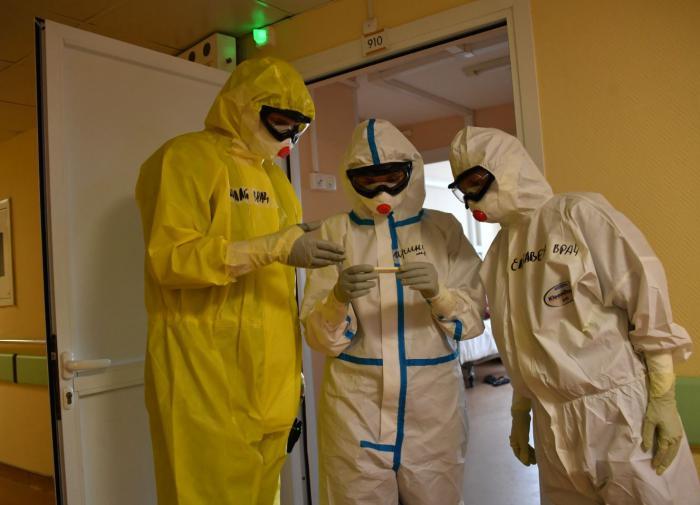 Рейтинг опасных профессий в России: врачи обогнали шахтёров и сапёров