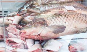 Черви из сырой рыбы защитят человека от рака