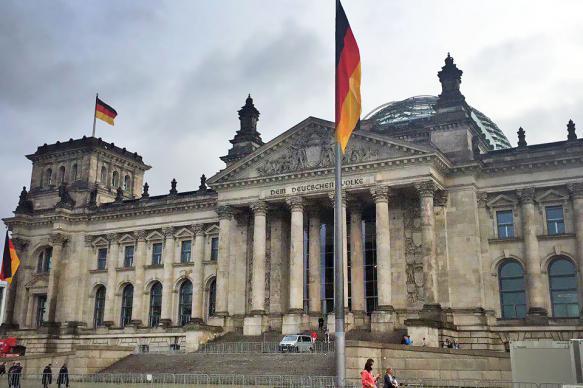 Немецкий депутат: антироссийские санкции бесполезны и вредят бизнесу