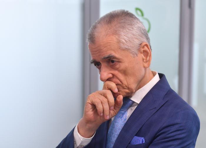 Онищенко рассказал чем вредны короткие рабочие недели