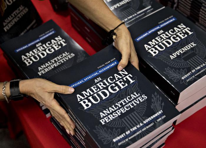 Новый бюджет Байдена сделает госдолг США равным 117% экономики
