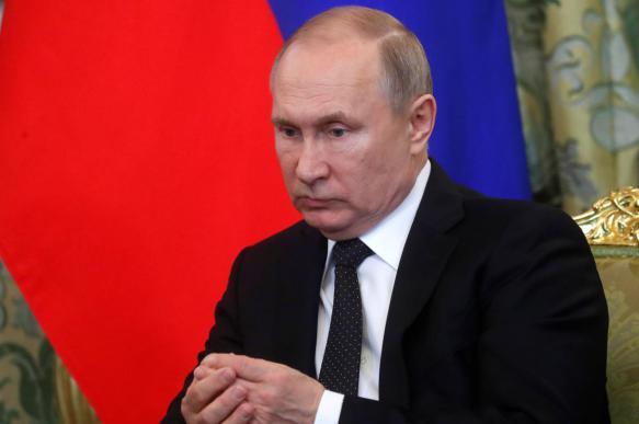 Путин дал 6 месяцев чиновникам на продажу зарубежных активов