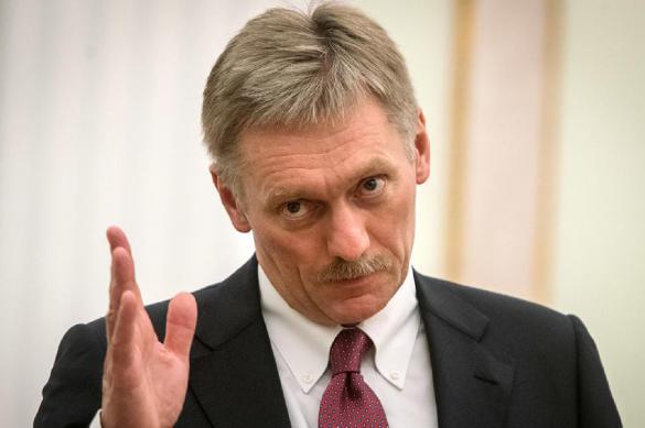 Песков отреагировал на информацию о поддельных подписях Родченкова