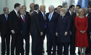 """""""С дороги!"""": Трамп грубо оттолкнул премьер-министра Черногории"""