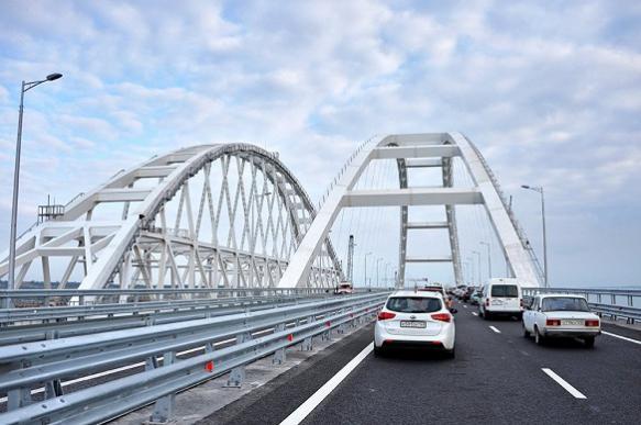 Двухлетнее обслуживание Крымского моста обойдется в 880 млн рублей