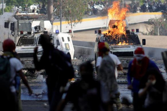 СМИ узнали о тайных переговорах оппозиции Венесуэлы и правительства Мадуро