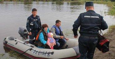 Глава МЧС провел совещание в затопленном Николаевске-на-Амуре