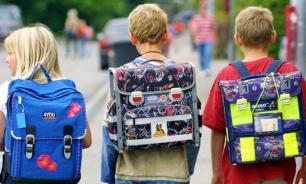 Российские школьники могут отказаться от тяжелых ранцев в 2024 году
