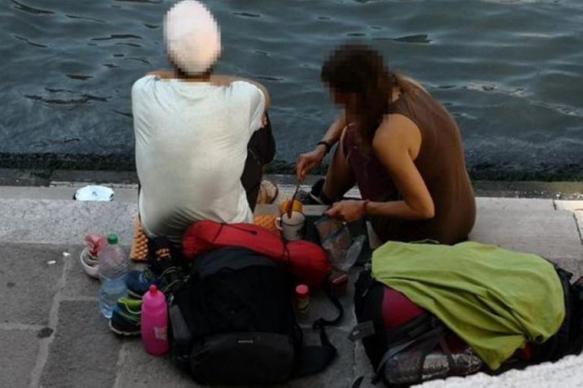 Власти Венеции выдворили из города туристов, готовивших кофе на мосту