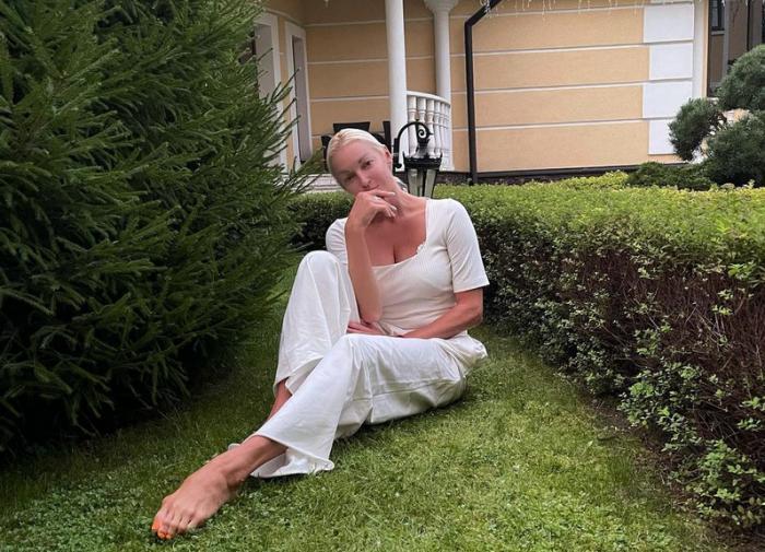 Анастасия Волочкова съехалась смужчиной своей мечты