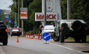 В Минске прошла мирная акция с участием женщин в белом