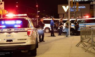 Жители Рочестера забросали полицию бутылками