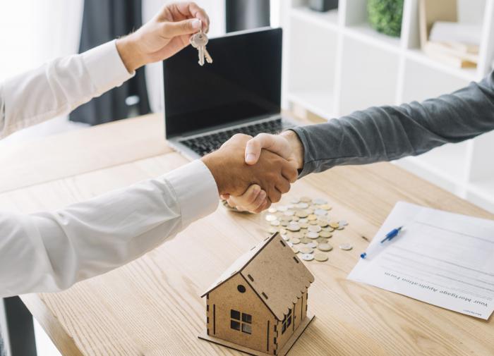 Эксперт посоветовал россиянам брать ипотеку прямо сейчас