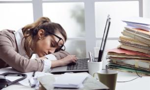 Специалисты предупредили об опасности переутомления на работе