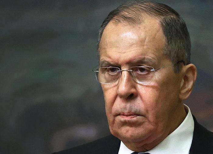 Глава МИД России проголосовал на выборах в Госдуму