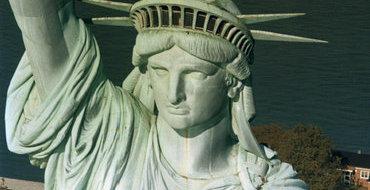 """""""Большую часть своей истории США не хотели вмешиваться в чужие дела"""""""