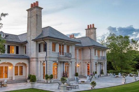 Дом основателя Reebok продается со скидкой в  млн