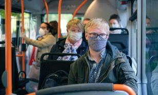 Водитель автобуса подрался с пассажиром из-за маски