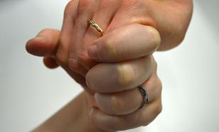 В России увеличилось число браков и разводов