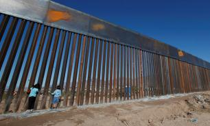 Пентагон одобрил финансирование стены на границе с Мексикой