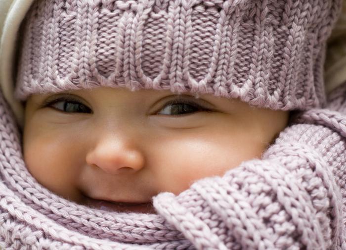 Врач дал рекомендации по прогулке с детьми в прохладную погоду