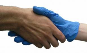 В Москве носить перчатки в общественных местах больше необязательно