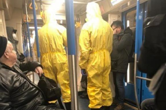 Блогеру, сыгравшему приступ коронавируса в метро, грозит 7 лет колонии