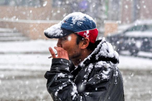 Курение на морозе может вызвать заболевания дыхательной системы