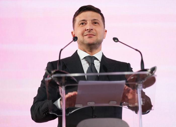Зеленский вспомнил опыт КВН и пошутил над Тимошенко