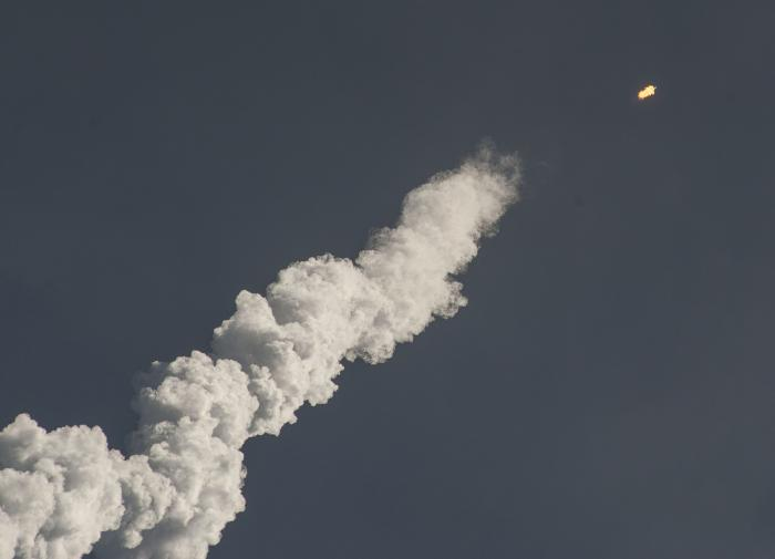 Компания SpaceX Илона Маска запустила ракету Falcon 9