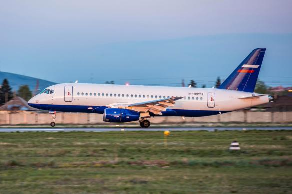 Эксперт объяснил, почему не стоит отказываться от самолета SuperJet-100