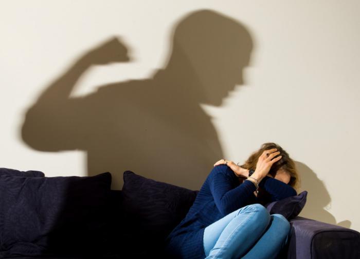"""Психолог: """"Охранного ордера"""" недостаточно  в борьбе с домашним насилием"""