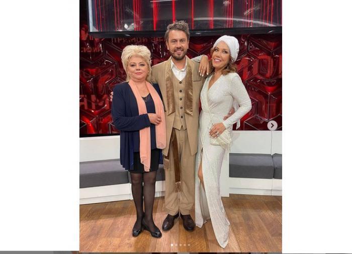 Певица Азиза встала на защиту мужа лже-итальянца