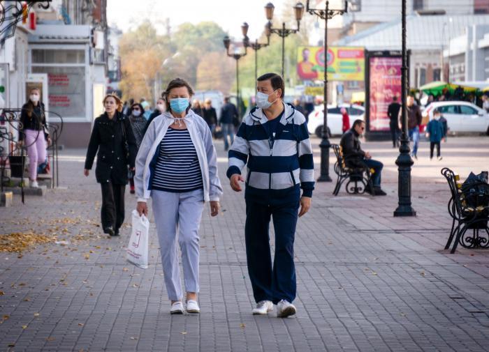 """Врачи и эксперты оценили мощь """"второй волны"""" пандемии"""