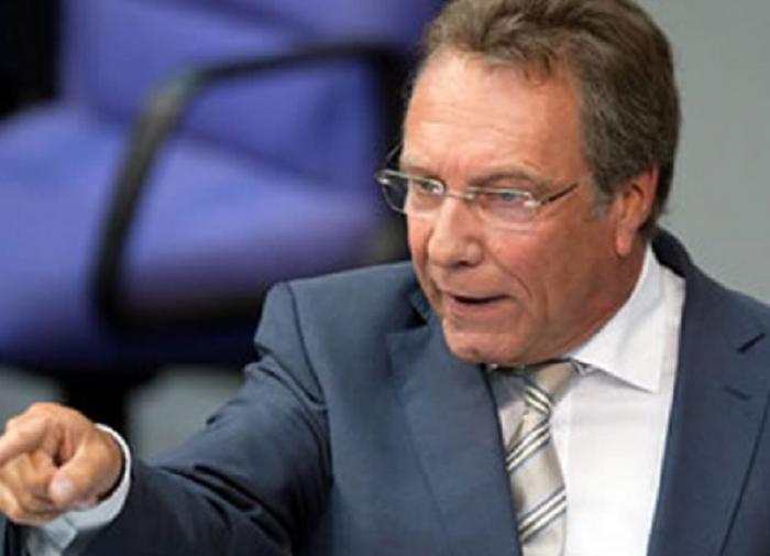 Немецкий политик обвинил США в санкционном рэкете против Европы