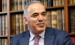 Через грабли - к терниям: Каспаров предложил России вернуться на сто лет назад