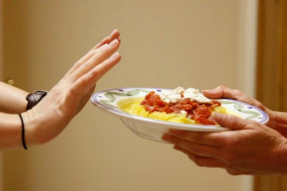 Ученые признали пользу периодического голодания для похудения