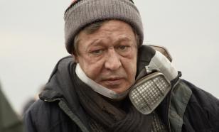Михаил Ефремов получил письмо от Ивана Сафронова