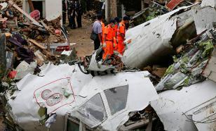 Крушение самолета на Яве унесло десятки жизней