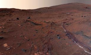 """На Марсе нашли гигантские """"стены"""" высотой с 16-этажный дом"""