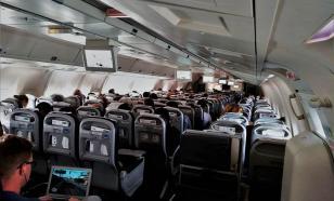 В самолетах отказались рассаживать пассажиров в шахматном порядке